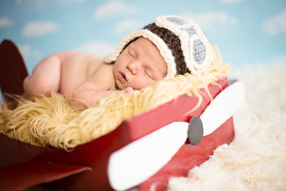 miniIMG_1442p Make a DIY Box Airplane Prop for Newborn Photography Guest Bloggers Photography Tips Uncategorized