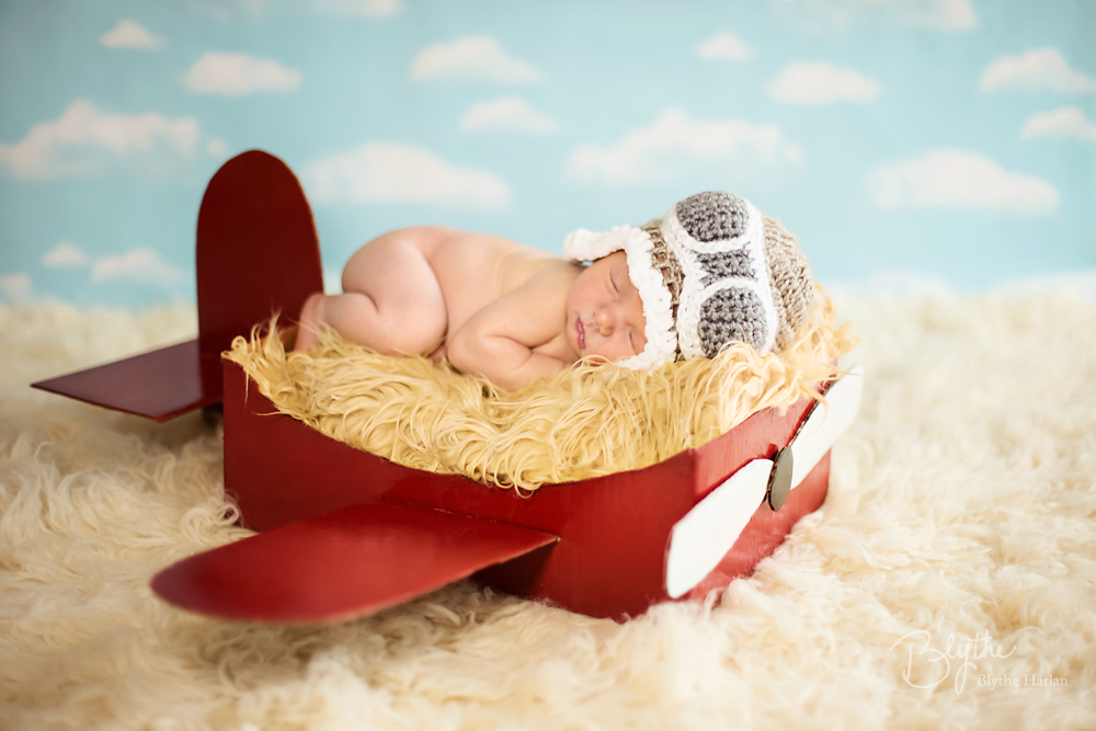 miniIMG_1465p Make a DIY Box Airplane Prop for Newborn Photography Guest Bloggers Photography Tips Uncategorized