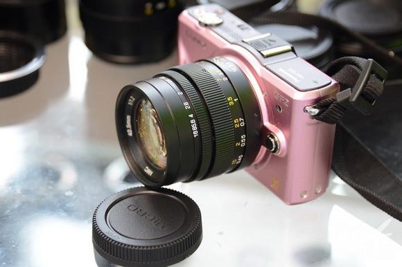 Mitakon MFT 42.5mm f/1.2