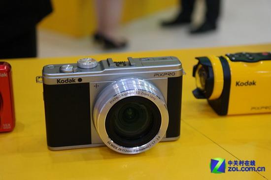 new-kodak-mirrorless-camera New Kodak mirrorless camera caught in action at P&E Show 2013 News and Reviews
