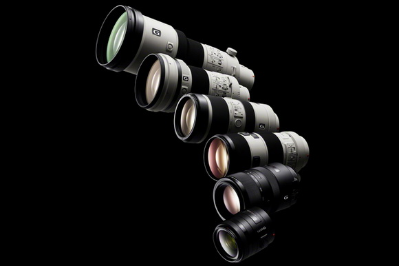 Sony officially introduces new 70-400mm, 18-55mm, and Zeiss 50mm lenses