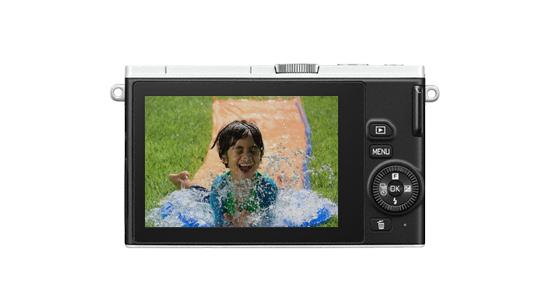 nikon-1-j4-rear Nikon 1 J4 high-speed mirrorless camera becomes official News and Reviews