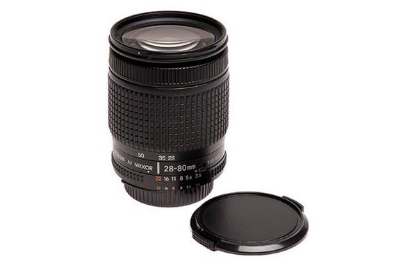 Nikon 28-80mm f/3.5-5.6D lens