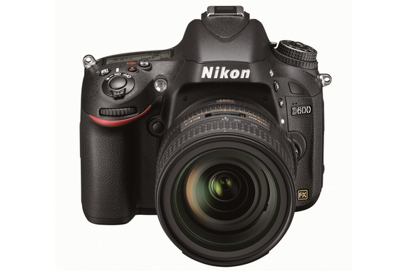Nikon D600 dust accumulation issues finally acknowledged by the company