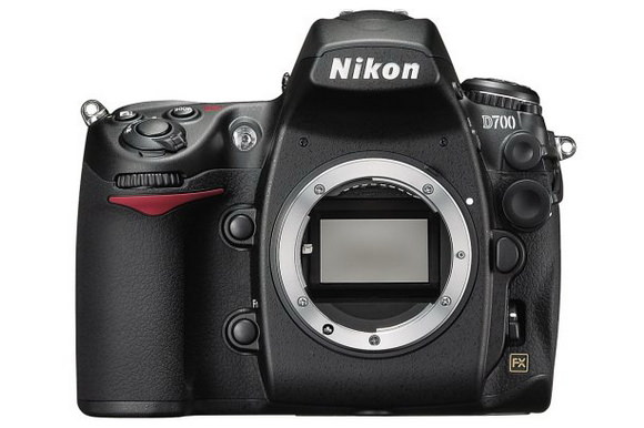 Nikon D700 replacement