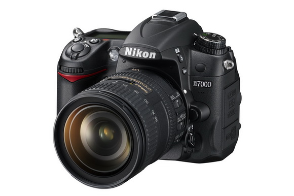 Nikon D7000 replacement coming on February 21st, 2013?