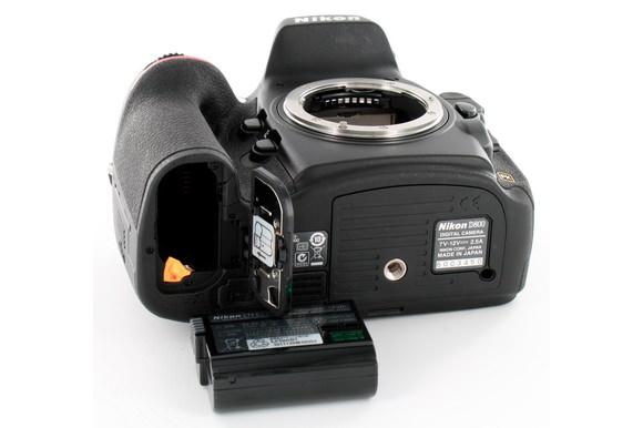 Nikon D800 camera manufacturing