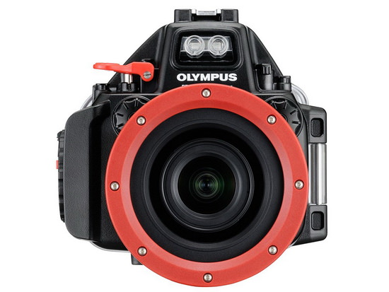 olympus-e-m5-mark-ii-underwater-case Olympus E-M5 Mark II unveiled with 40-megapixel photo mode News and Reviews