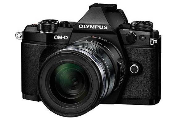 Olympus E-M5II black front leaked