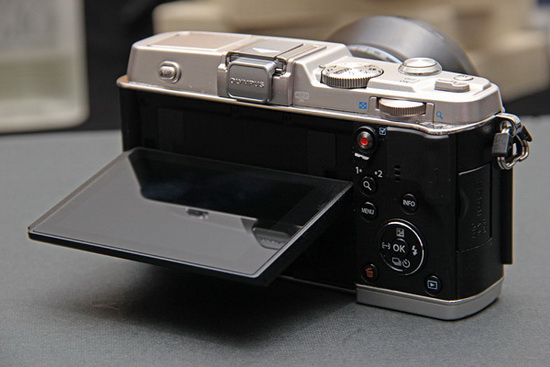 olympus-e-p5-micro-four-thirds-leak Full Olympus E-PL6 specs and photos leaked on the web Rumors