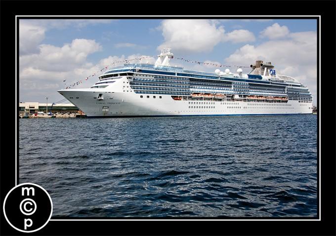 out-boating-cruise-ship Florida Vacation: Sharing a few shots Photo Sharing & Inspiration Photoshop Actions
