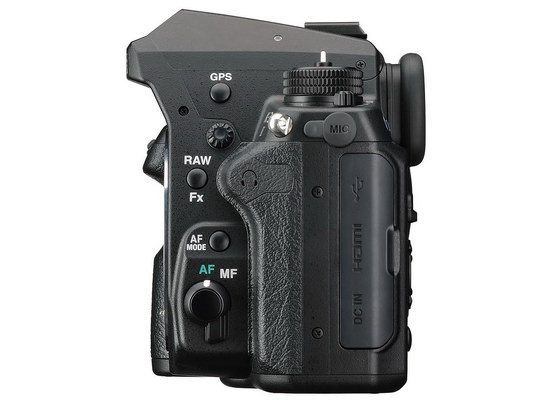 pentax-k-3-ii-side Pentax K-3 II unveiled with built-in GPS instead of pop-up flash News and Reviews