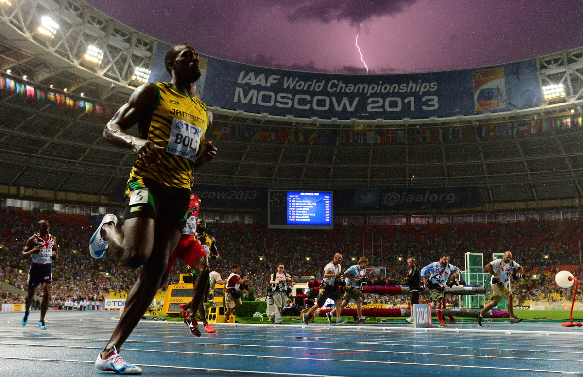 photo-of-usain-bolt Photo of Usain Bolt winning and lightning triggers web craze Exposure