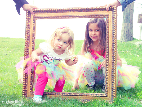 picture-frame 5 Inexpensive Props Every Photographer Should Own Activities Business Tips Guest Bloggers Photo Sharing & Inspiration Photography Tips