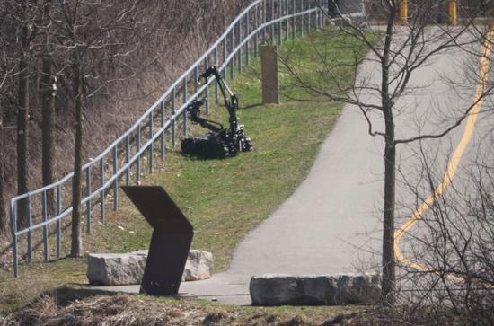 pinhole-camera-boston-bombings Pinhole camera triggers concern in Canada after Boston bombings Exposure
