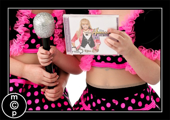 recital-sisters10 Recital Costumes | Picture Sharing Photo Sharing & Inspiration Photoshop Actions