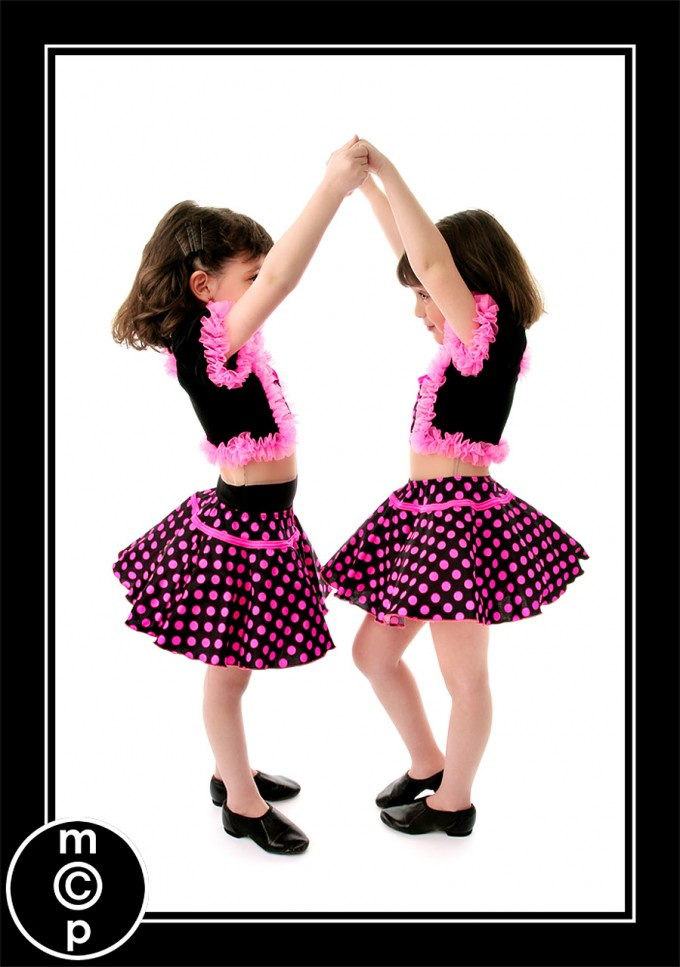 recital-sisters3 Recital Costumes | Picture Sharing Photo Sharing & Inspiration Photoshop Actions
