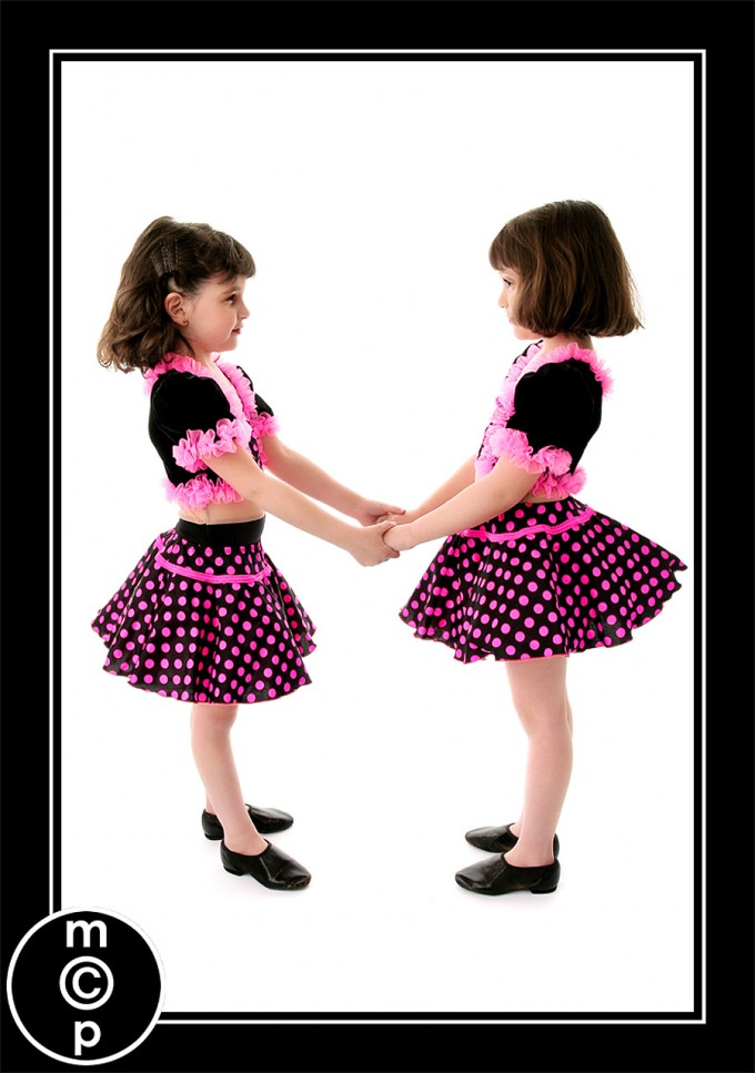 recital-sisters4 Recital Costumes | Picture Sharing Photo Sharing & Inspiration Photoshop Actions