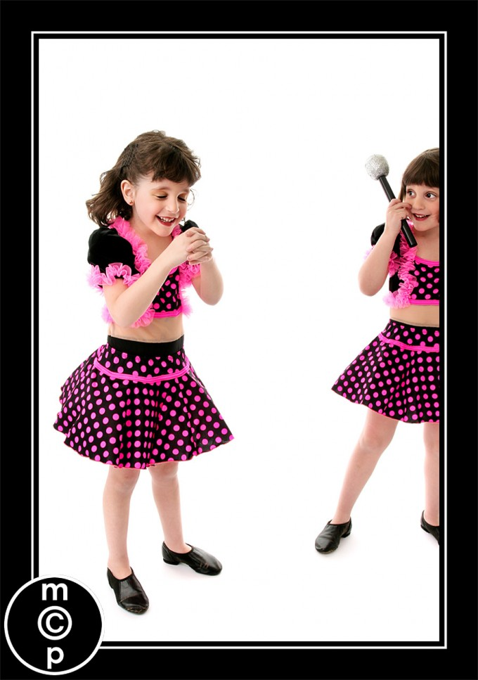 recital-sisters6 Recital Costumes | Picture Sharing Photo Sharing & Inspiration Photoshop Actions