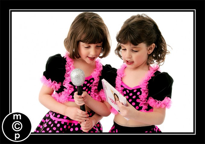 recital-sisters7 Recital Costumes | Picture Sharing Photo Sharing & Inspiration Photoshop Actions