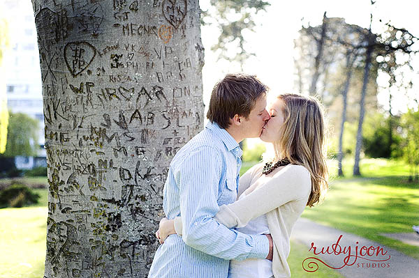 "ruby-joon The Kissing Post - Inspiring Images of ""A Kiss"" Activities Photo Sharing & Inspiration"