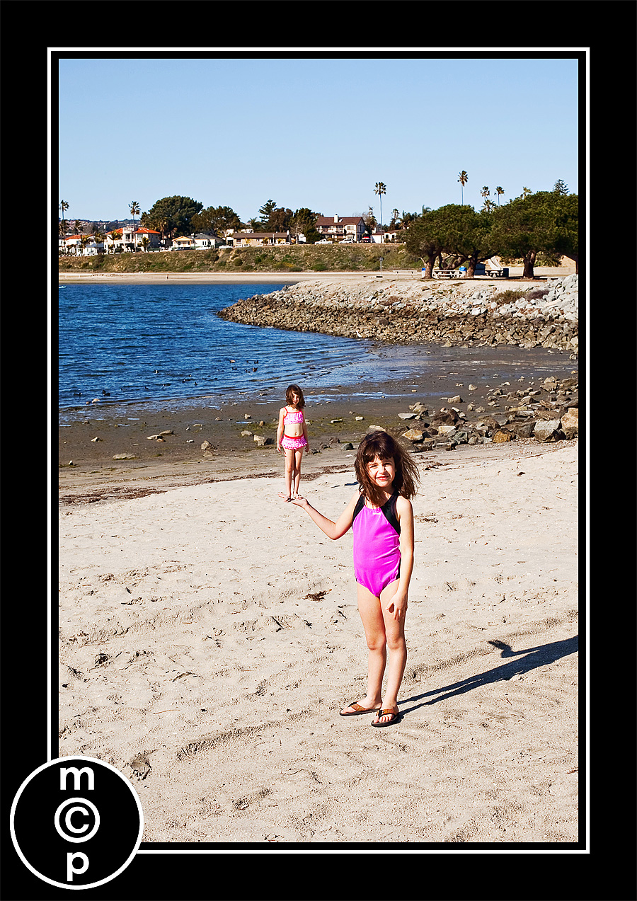 sandiego-374 Super Fun Photography Trick - Optical Illusion of a Figurine Assignments Photography Tips