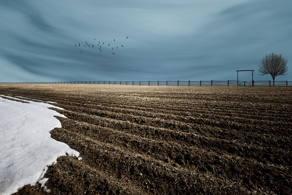 "snow Breathtaking ""Abstract Landscapes"" depict rural surrealism Exposure"