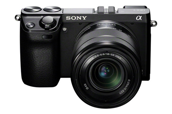Sony A7000 details