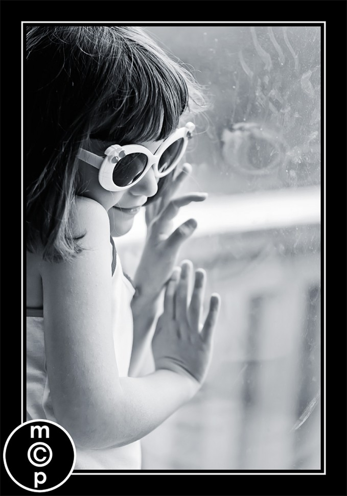 sunglasses-ellie9bw Sharing a few photos: Ellie in Sunglasses Photo Sharing & Inspiration