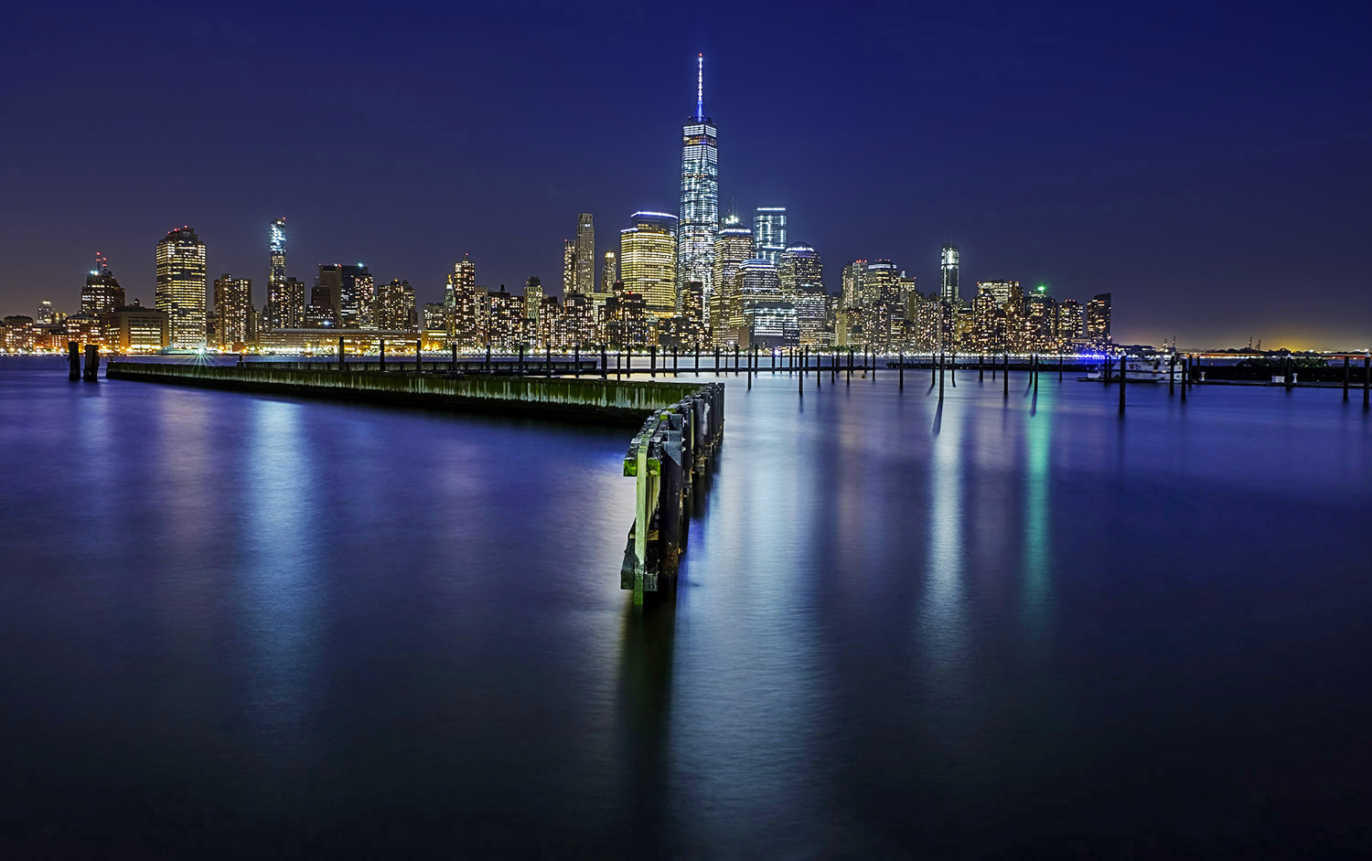 ti01091602wp How to take photos at night – Part II: Enhancing the image Photography Tips