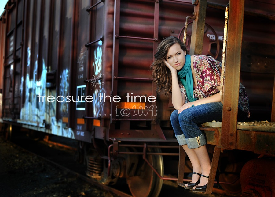 web06 10 Practical Tips for Posing Seniors for Portraits Guest Bloggers Photography Tips
