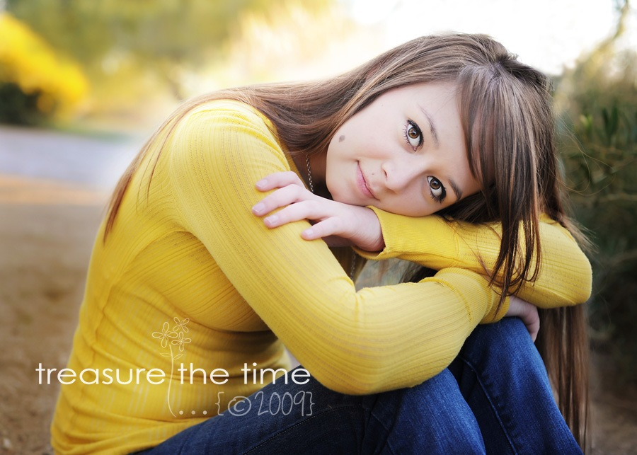 web07-thumb 10 Practical Tips for Posing Seniors for Portraits Guest Bloggers Photography Tips