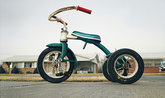 william-eggleston-memphis-tricycle Photographer can reprint his own work, judge says News and Reviews