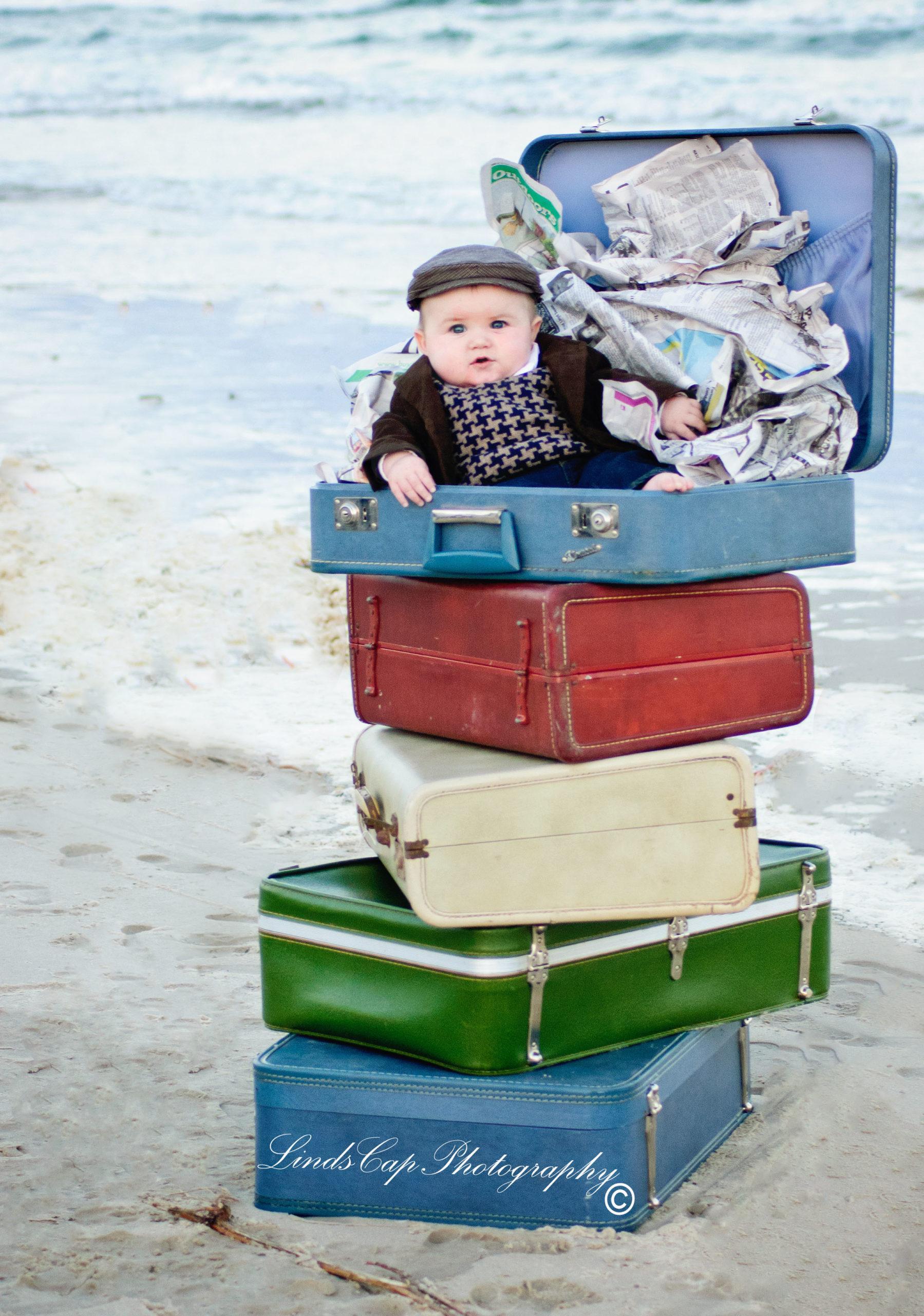 DSC_0045-copy-scaled Little News Boy on the Beach