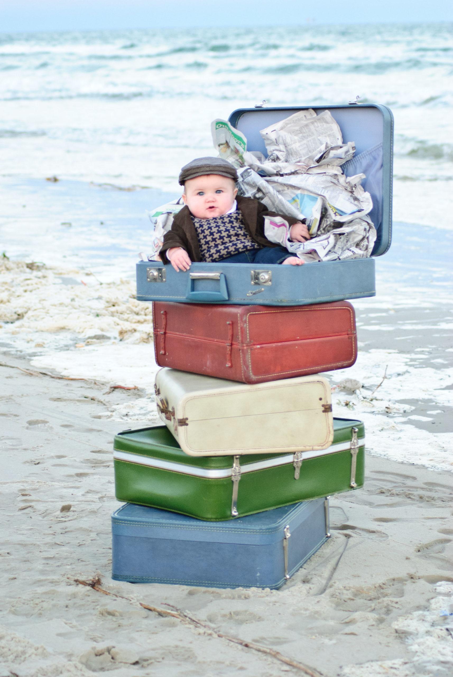 DSC_0045resizedoriginal-scaled Little News Boy on the Beach