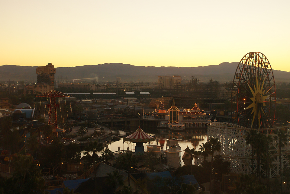 Disneyland-2K11-338-before Re-Creating a Sunrise Over California Adventure