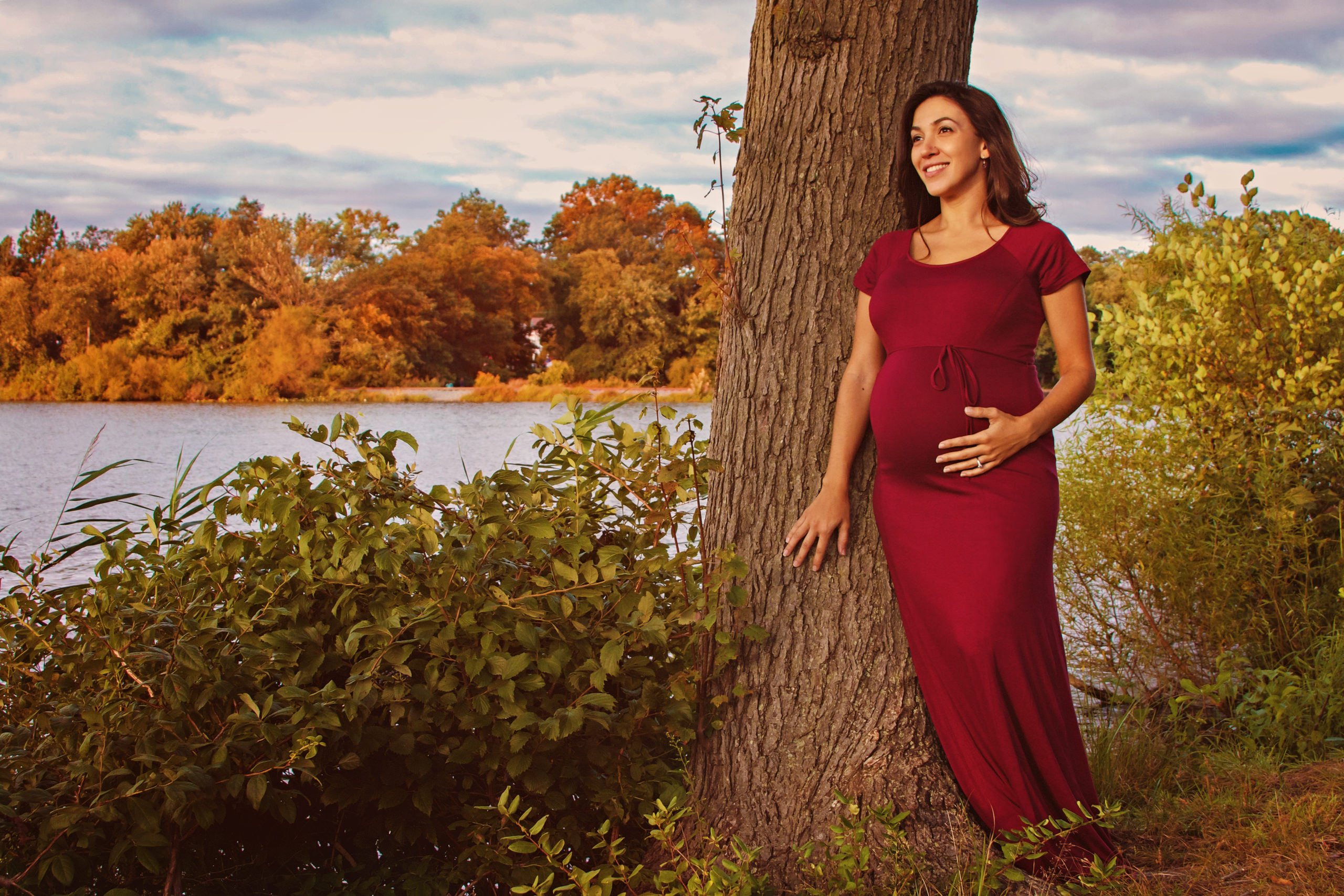 Liz3-scaled Enhance a Maternity Image With Autumn