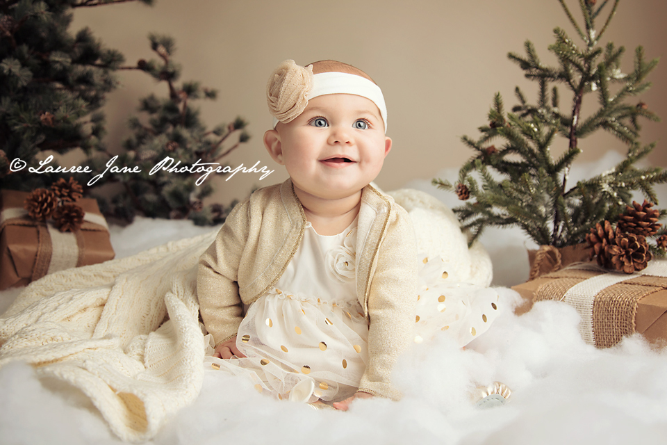 M48A3300-copy-fb Gorgeous Holiday Baby Girl edited with Fusion and Newborn Necessities