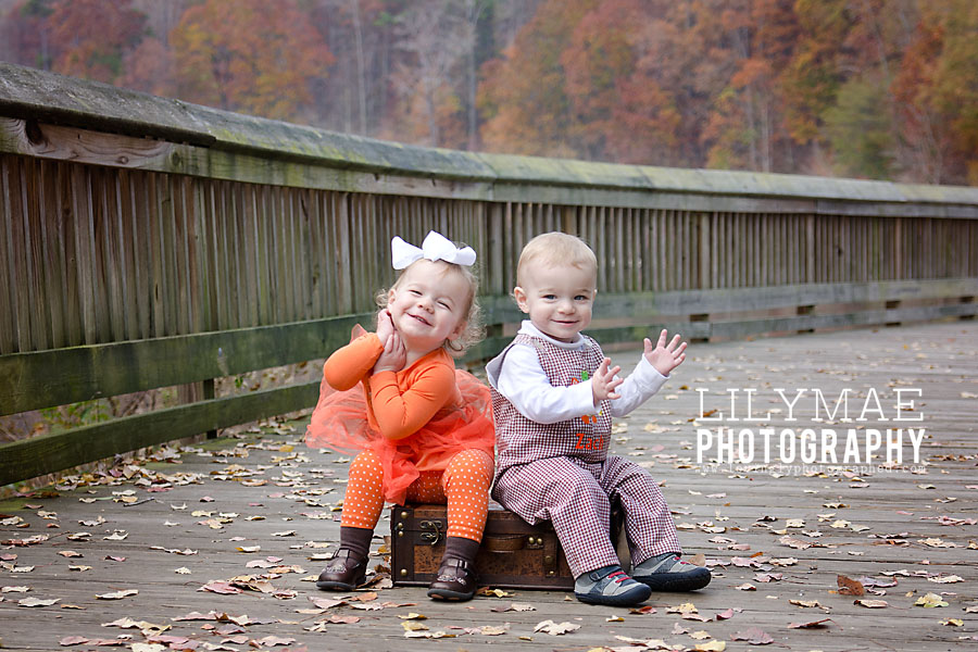SME_4787 Fusing Newborn Actions on Fall Photos