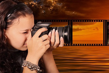 photographer-3986846_1280-1 Learn Photoshop Checkout